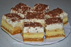Znalezione obrazy dla zapytania ciasto z kajmakiem i bitą śmietaną