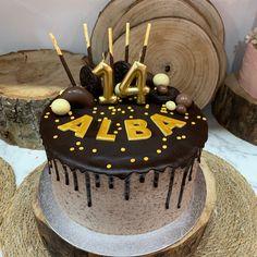tarta buttercream chocolate y dripp de chocolate