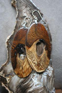 Fine Wood jewelry by Dean Robertson Great wrok fro more wood jewelry please vist my shop http://ezekielhandmade.etsy.com