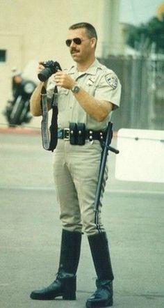 Cop Uniform, Police Uniforms, Men In Uniform, Police Officer, Cop Jokes, Hot Cops, Black Boots, Tall Boots, Sexy Men