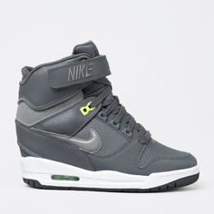 cheap for discount 41f8e bab54 Sneakers från Nike med dold kilklack. - Mellansula i EVA.- Air Max-. Nike  SkorRevolution