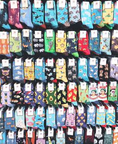 Socks- Calcetines Socks, - can find Socks a. Grunge Style Outfits, Outfits Casual, Style Grunge, Cute Outfits, Funky Socks, Crazy Socks, Cute Socks, My Socks, Colorful Socks