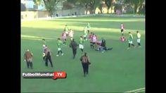 Video cầu thủ Argentina đấm trọng tài ngất xỉu trên sân lich thi dau bong da hom nay http://lichthidau.com.vn video clip http://mocmeo.com/video-clip-hot