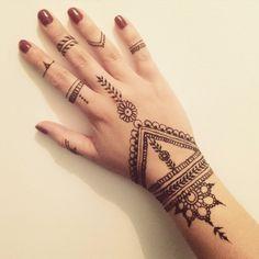 Dessin Au Henné Facile 26 meilleures images du tableau henné | henna designs, henna