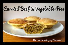 The road to loving my Thermomix: Curried Beef and Vegetable Pies Mini Pie Recipes, Pork Recipes, Cooking Recipes, Veg Pie, Vegetable Pie, Breville Pie Maker, Steak Dishes, Beef Pies, Pub Food