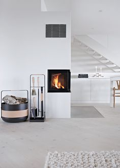 Get cozy with this fresh batch of winter interior design inspiration, modern fireplace edition. Interior Design Guide, Interior Design Inspiration, Home Decor Inspiration, Decor Ideas, Home Interior, Living Room Interior, Interior Architecture, Living Room Color Schemes, Living Room Colors