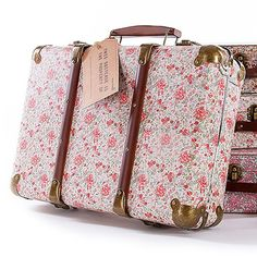 SLEEPOVER SUITCASE Retro style small suitcase with prettiest floral print. Big enough for little girls clothes or big girls undies!