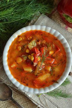 Bardzo dobra zupa z pomidorów i papryki - niebo na talerzu Best Soup Recipes, Keto Recipes, Dinner Recipes, Cooking Recipes, Vegan Gains, Diy Food, Love Food, Food To Make, Food Porn