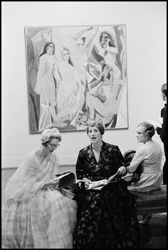 Burt Glinn - London, England 1960. Opening of the Picasso Retrospective at the Tate Gallery.