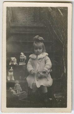 Photo Ancienne Enfant Fille Jouet Mode Girl OLD TOY Fashion Vintage Snapshot | eBay