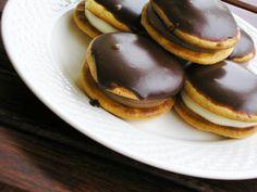 Με το δάχτυλο στο βάζο: Κωκάκια Sweets, Fruit, Desserts, Mini, Food, Tailgate Desserts, Deserts, Gummi Candy, Candy