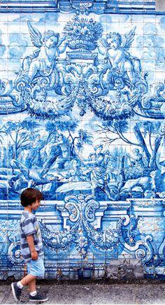 """PORTUGAL! Jedes Jahr werden die World Travel Awards, die """"Oscars"""" der Tourismusbranche, in den verschiedensten Kategorien – beste Hotels, bestes Reiseziel, beste Airlines etc. – für Europa verliehen. Gleich 16 dieser Auszeichnungen gingen in diesem Jahr nach Portugal. Die Gewinner im Kurzporträt: http://www.travelbook.de/europa/Bestes-All-Inclusive-romantischstes-Resort-bestes-Design-Hotel-Gruende-warum-die-Reise-nach-Portugal-ein-Muss-ist-510516.html"""