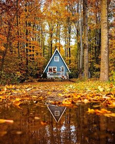 Gefllt Mal, 40 Kommentare - The Cabin Chronicles (thecabinchronicles) auf / .These Hues // I love my tiny A. Ive had apartments bigger than my house, but I love where A Frame Cabin, A Frame House, Cozy Cabin, Cozy Cottage, Cozy House, Cabin Homes, Log Homes, Tiny Homes, Harbor Springs Michigan