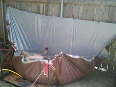 tarp - redneck pool - good idea for an outdoor bathtub ; Piscina Diy, Diy Swimming Pool, Diy Pool, Swimming Funny, Backyard Pools, Above Ground Pool, In Ground Pools, Weissenhäuser Strand, Redneck Pool