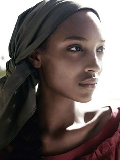 ☆ Jourdan Dunn | Photography by Mario Testino | For Vogue Magazine UK | March 2011 ☆ #jourdandunn #mariotestino #vogue #2011