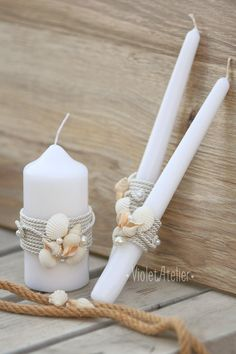 Set of Unity Ceremony candles with beach sea themed decoration. Perfect for destination weddings, outdoor summer beach weddings, sea inspired weddings and more. Measurements: - Unity white candle - 13 cm // approx. 5.1 and 5.8 cm // approx. 2.3 diameter. Burning time: approx. 30 hours.