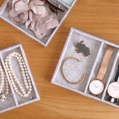 オール100均ハンドメイド、便利なアクセサリー収納 : usagi works Jewelry Box, Blog, Organization, Jewellery Box, Jewel Box, Blogging, Casket