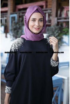 Yeni sezon İncili Siyah Tunik Fahrunnisa indirimli fiyat, hediye ve ücretsiz yurt içi ve dışı kargo avantajıyla modavina.com'da satışta Tesettür, tesettür giyim, abiye, elbise, ferace | Modavina