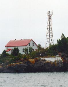 Angus Island #Lighthouse - Ontario, #Canada at Lighthousefriends.com http://dennisharper.lnf.com/