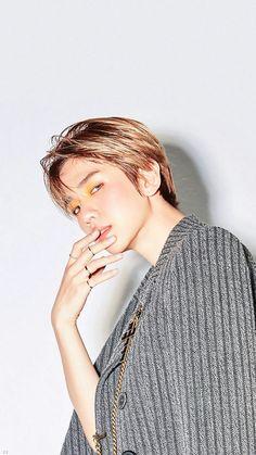 LOVE SHOT oh my fucking god this picture hit me like a truck Kaisoo, Chanbaek, Baekhyun Hot, Chanyeol Baekhyun, Exo Ot12, Park Chanyeol, Oppa Gangnam Style, Exo Official, Xiuchen