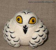 Snowy Owl, needle felted wool ball by woolroommate, via Flickr