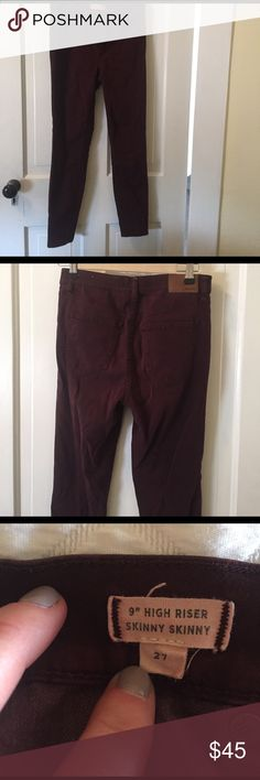"Madewell maroon 9"" high riser skinny pant. Size 27 Madewell maroon 9"" high riser skinny pant. Size 27. Lightly worn but excellent condition! Madewell Jeans Skinny"