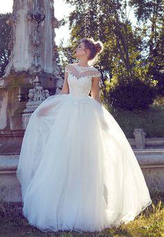 AdoraSposa 2017  Roma Collection #bridal #wedding #weddingdress #weddinggown #bridalgown #dreamgown #dreamdress #engaged #blush #romantic #inspiration #bridalinspiration #train #princess #weddinginspiration #adorasposa #weddingdresse Bridal Gowns, Wedding Gowns, Dream Dress, Ball Gowns, Wedding Inspiration, Blush, Romantic, Princess, Formal Dresses