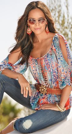 Colorful blouse, blue jeans. Summer boho #women #fashion outfit #clothing style apparel @roressclothes closet ideas