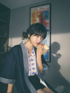 Twitter Aesthetic Japan, Korean Aesthetic, Aesthetic Images, Aesthetic Girl, Best Photo Poses, Poses For Photos, Meteor Garden, Film Pictures, A Love So Beautiful