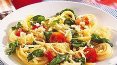 Spaghetti mit Spinat und Feta