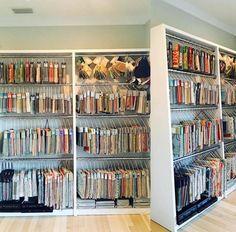 How Interior Designers Organize Samples & Materials Showroom Interior Design, Garage Interior, Ikea Cubbies, Ikea Units, Library Organization, Organization Ideas, Small Guest Rooms, Workspace Design, Design Studio Office