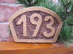 Výsledek obrázku pro domovní znamení z keramiky Planter Pots, Plant Pots