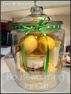 DIY House Warming Jar Gift and other great gift ideas! DIY House Warming Jar Gift and other great gift ideas! Housewarming Gift Baskets, Diy Gift Baskets, Basket Gift, Housewarming Party Favors, Creative Gift Baskets, Homemade Gift Baskets, Creative Gifts, Unique Gifts, Jar Gifts