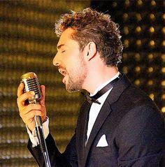 David, Ricky Martin, Pop Singers, Hair Cuts, Actors, Music, Movies, Sea, Videos