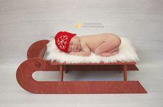 Новые шапочки в виде елочных шариков для ваших малышей. Стоимость от 300 р (на новорожденного). Подробности по wats app +7926-556-26-37  #newbornaccessories #newborn #knittingprops #photoprops #newbornphoto #props #newbornprops #best_newborn_photo #knitting #вязание #фотореквизит #аксессуарыдляноворожденных #реквизитдляфотосессии #юлинывязанки #одеждадляноворожденного #фотомалыша #фотографноворожденных #newbornphotographer #фотосессияноворожденных #julyprops #julyaccessories #julyknitting…