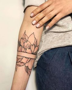 100+ Tattoo & Flower tattoo #TattooIdeasFlower