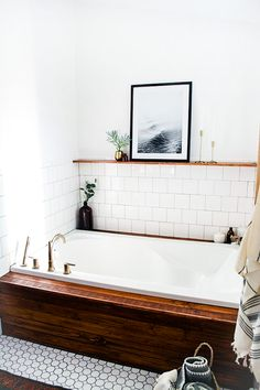 Built in bath tub.
