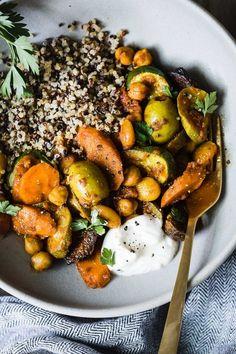 Moroccan Summer Vegetable Tagine #vegetarian #recipe #summer