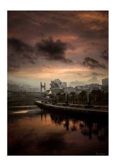 Bilbao, zona de Abandoibarra por Donibane. #bilbao #guggenheim #abandoibarra #frankgehry #gehry #museum #art Creative Studio, Guggenheim Museum Bilbao, Athletic Clubs, Frank Gehry, Basque Country, Spain, Real Estate, Clouds, City