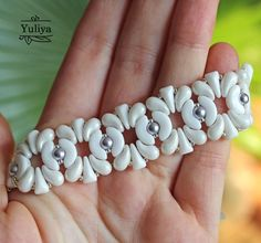 29becc8bf8 Beading bracelet tutorial with pearls ZoliDuo Arcos bead   Etsy