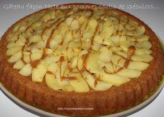 Bonjour!!! Comment allez-vous ce matin?? Aujourd'hui,je vous propose une recette simplissime et extra!! Une tarte aux pommes détournée!!! Je m'amuse avec mon nouveau moule,comme une gamine,mais tellement de variations gourmandes sont possibles que forcément,je... Tupperware, Pie, Galette, Muffins, Food, Kitchen, Fruit, Food Cakes, Apple Cakes