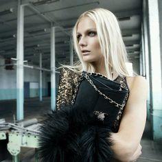 ♡♡♡ Bershka by zara studded clutch bag Tiger Head Tasche Sac Gold new blogger in Kleidung & Accessoires, Damentaschen | eBay
