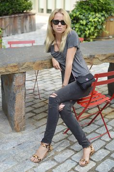 Elin Kling  grey jeans, grey t, and leopard sandals
