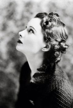 Vivian Leigh Anna Karenina, great profile of her.