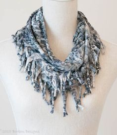 Grey Smudgy Short Knotted Cowl
