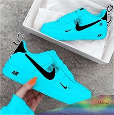 Mar 2020 - Top 10 Walking Nike Shoes of the Season Schuhe . Cute Nike Shoes, Cute Sneakers, Shoes Sneakers, Souliers Nike, Sneakers Fashion, Fashion Shoes, Nike Shoes Air Force, Swag Shoes, Golf Shoes
