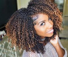 Experts bring you the best options and hints for natural hair, which generally comes in so many different styles, hues, sizes, and f… - Dyed Natural Hair, Natural Hair Tips, Natural Hair Journey, Natural Curls, Natural Hair Styles, Natural Hair Highlights, Natural Hair With Color, Cornrows, Dying My Hair