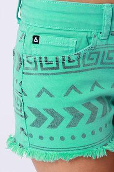 Cute Dresses, Trendy Tops, Fashion Shoes & Juniors Clothing | I ...