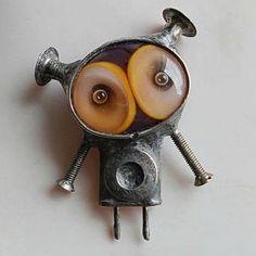 Cyberpunk necklace Bioshock pendant Space jewelry I Want To Bioshock, Steampunk Robots, Arte Steampunk, Cyberpunk, Found Object Art, Found Art, Space Jewelry, Funky Jewelry, Unique Jewelry