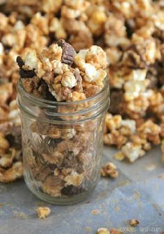 Peanut Butter Cup Popcorn – The perfect blend of salty and sweet for a movie night dessert. Easy and fun to make!